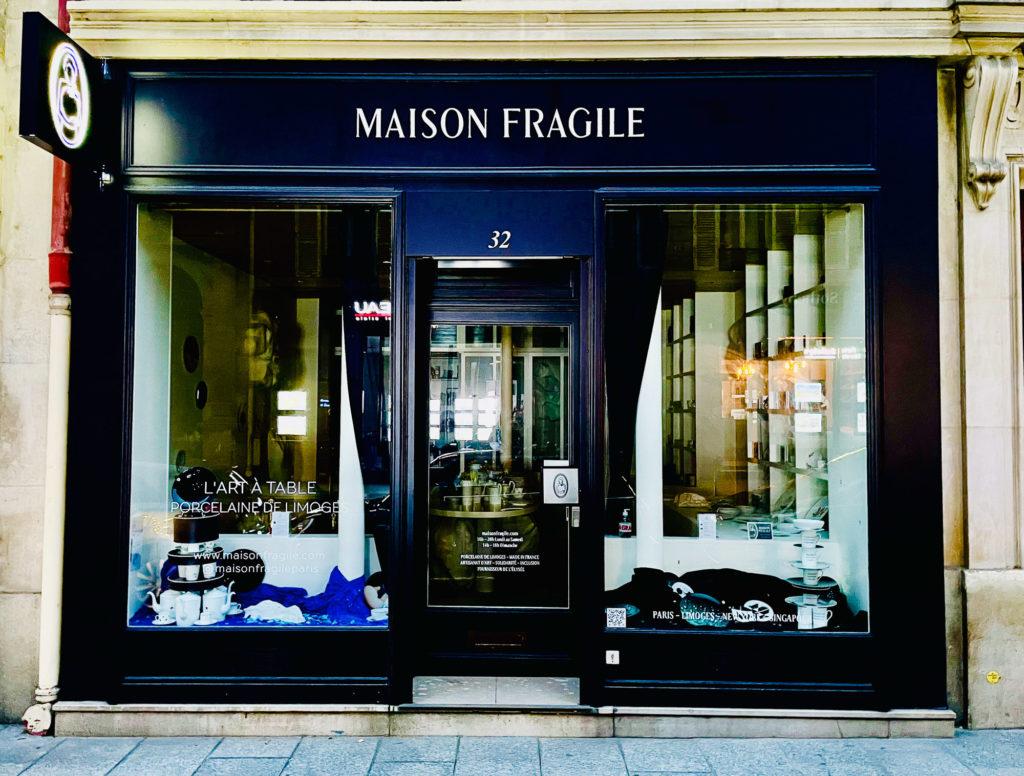 Maison fragile Paris, New summer windows